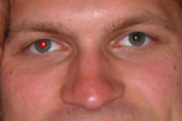 Fotoğrafta Kırmızı Göz Çıkması